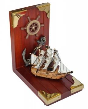 Ahşap kitap tutucu, tekne figürlü